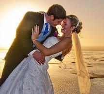In einem Fotobuch alle Erinnerungen an die Hochzeit erhalten